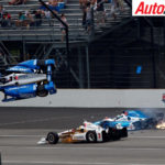 Massive crash for Scott Dixon and Jay Howard at turn one - Photo: LAT